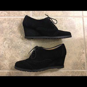 Ellen Tracy Black Suede Wedge Oxford Shoes ✨